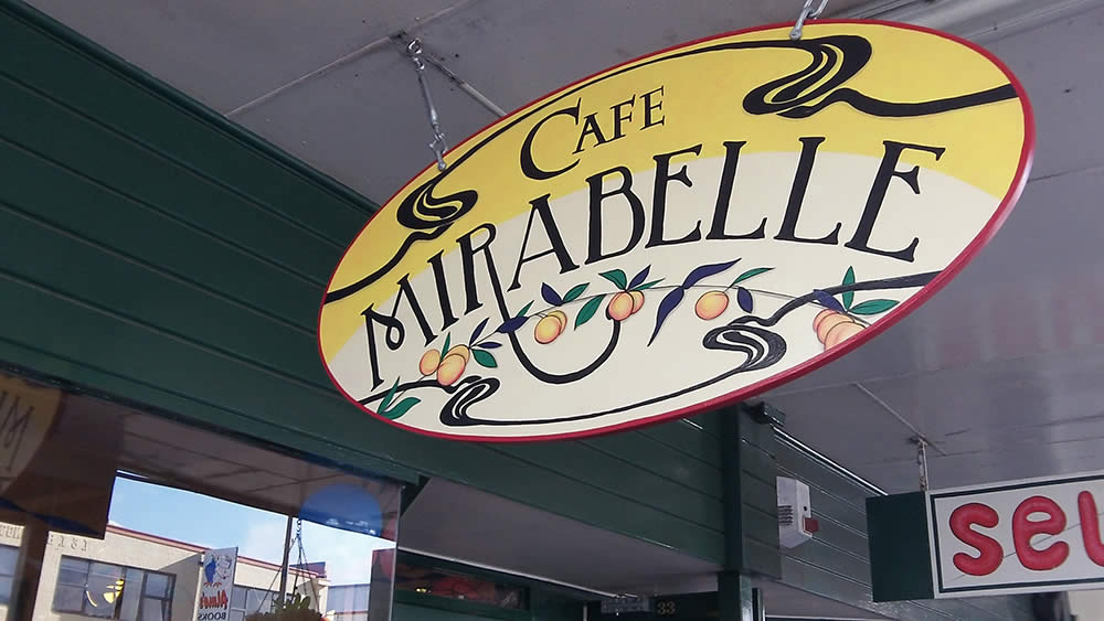 Cafe Mirabelle sign - Carterton, by Nectarine